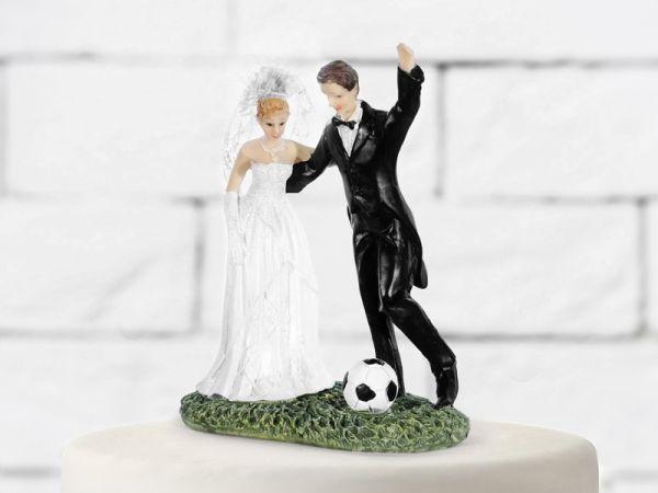 Brautpaar mit Fussball